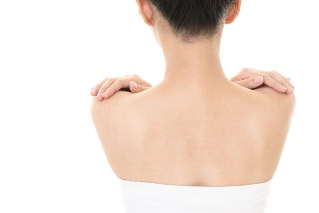 背中 左 痛み 脇腹